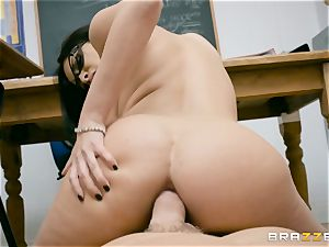 assfuck plunged milf instructor Anissa Kate in class