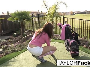 Taylor demonstrates you her thick knockers