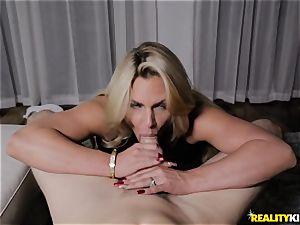 huge-boobed blond Phoenix Marie hotwife smash